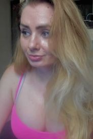 foto van amberwet, een van onze webcam babes