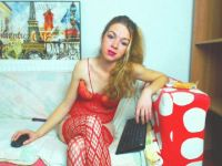 Nu live hete webcamsex met Hollandse amateur  addelinered?