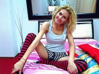 Nu live hete webcamsex met Hollandse amateur adeline?