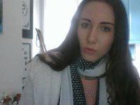 Nu live hete webcamsex met Hollandse amateur  angelica123?