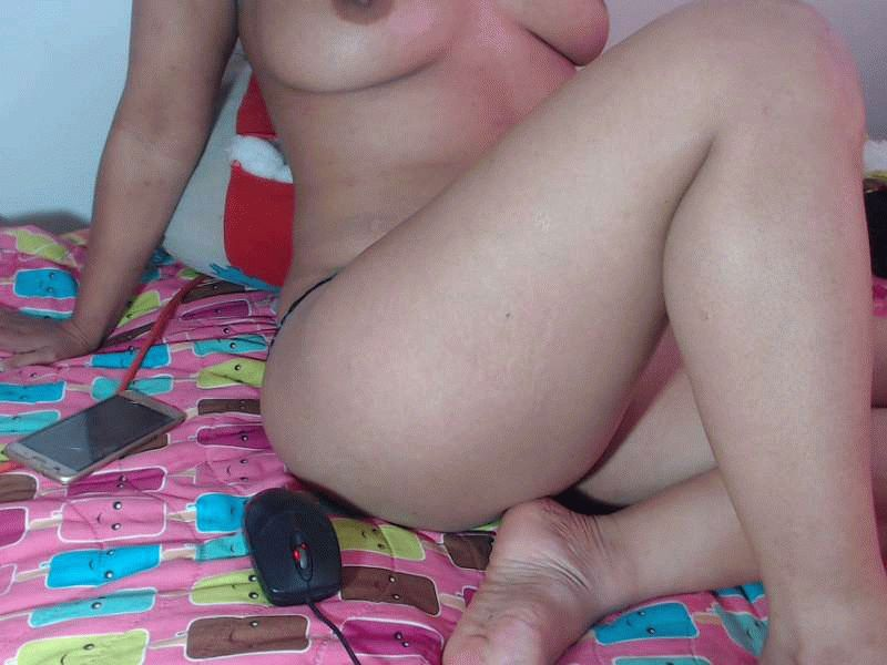 Nu live hete webcamsex met Hollandse amateur  assnaughty?
