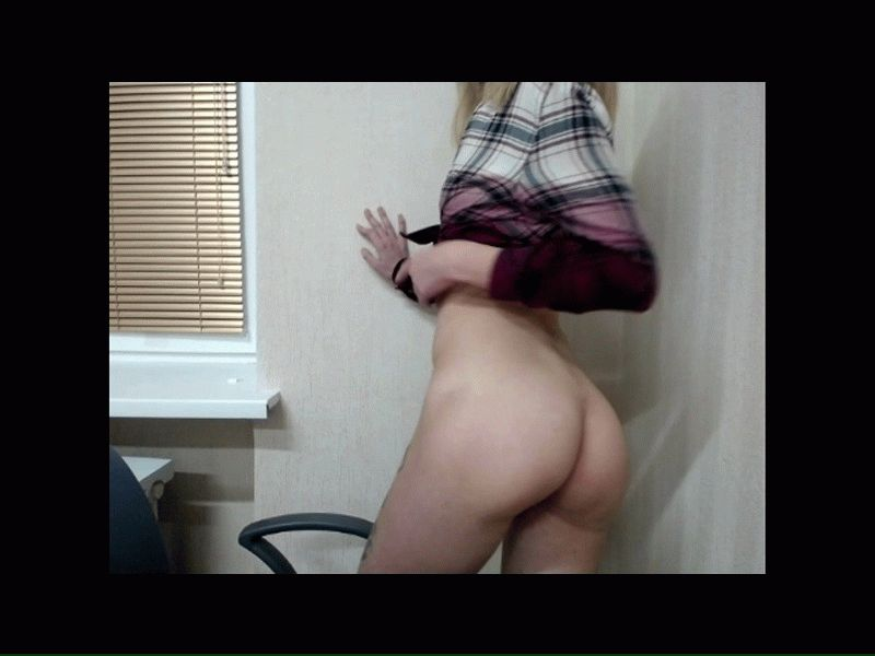Nu live hete webcamsex met Hollandse amateur  avaloune?