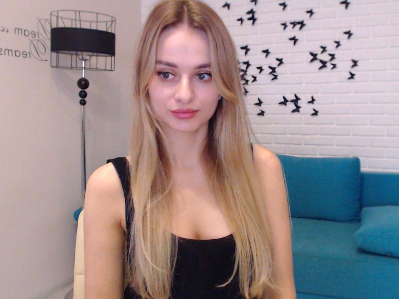 Nu live hete webcamsex met Hollandse amateur  belladonnaa?