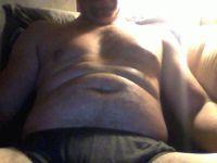 Nu live hete webcamsex met Hollandse amateur  bicepsboy?