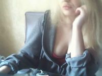 Nu live hete webcamsex met Hollandse amateur  blondblond?