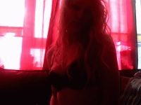 Nu live hete webcamsex met Hollandse amateur  blondiewet?