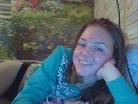 Hoerig bruin tienertje wil webcammen