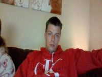 Nu live hete webcamsex met Hollandse amateur  brane89?