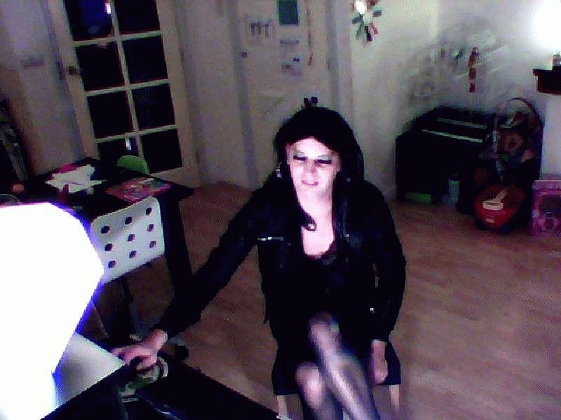 Nu live hete webcamsex met Hollandse amateur  brinkiewet?