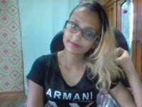 De heetste meiden online achter de webcam bruinekanjer?