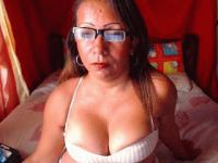 Nu live hete webcamsex met Hollandse amateur cutelady?