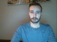 Nu live hete webcamsex met Hollandse amateur  danny025?