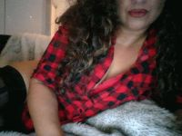 Nu live hete webcamsex met Hollandse amateur destiny75?