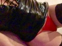 De heetste meiden online achter de webcam deugnietje?