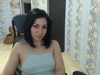 elena331 is beschikbaar voor Privechat