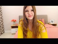 Nu live hete webcamsex met Hollandse amateur  enchanted?