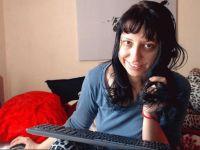 Nu live hete webcamsex met Hollandse amateur  evian?