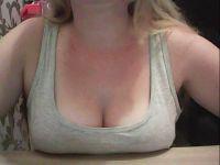 Webcam sexchat met geilmeidje uit Amsterdam