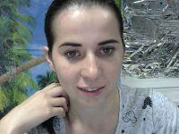 Nu live hete webcamsex met Hollandse amateur  girlfirelove?