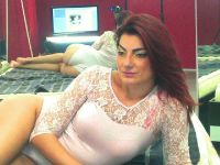 Nu live hete webcamsex met Hollandse amateur  gracejame?