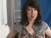 De heetste meiden online achter de webcam hotdestany?