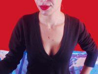 Lekker webcam sexchatten met hothelenax  uit Paris