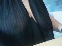Nu live hete webcamsex met Hollandse amateur  hotlady8591?
