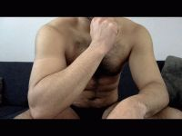 Nu live hete webcamsex met Hollandse amateur  indoboy24?
