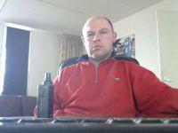 Nu live hete webcamsex met Hollandse amateur  john1983?