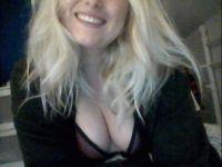 Nu live hete webcamsex met Hollandse amateur  jolieangel?