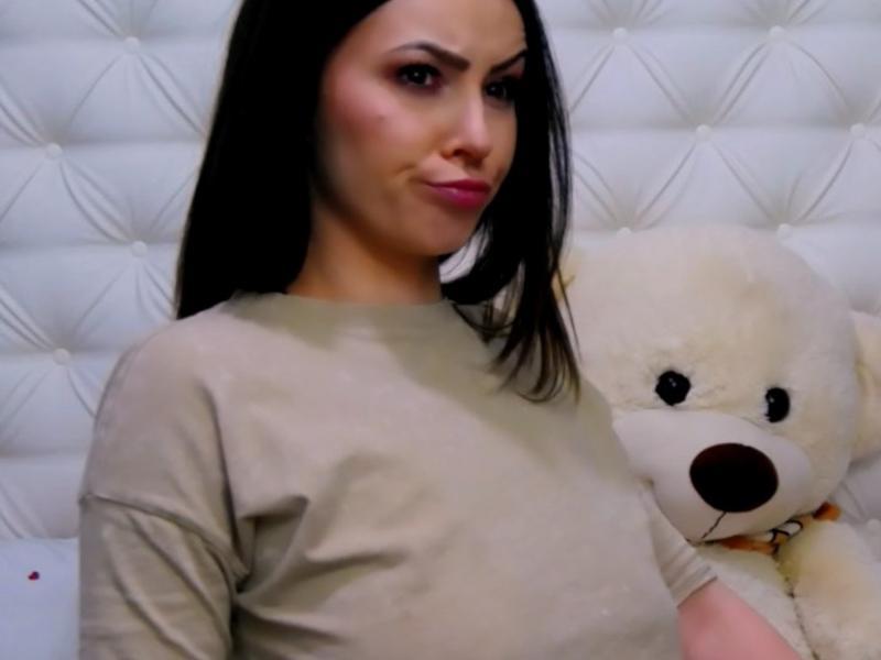 Nu live hete webcamsex met camamateur  juliana?