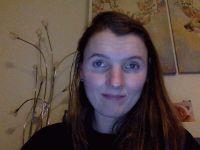Nu live hete webcamsex met Hollandse amateur  karo29?