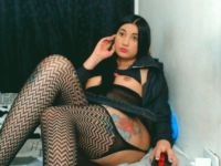 Nu live hete webcamsex met Hollandse amateur  krystalts?