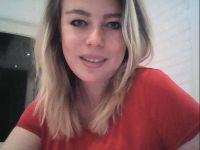 Nu live hete webcamsex met Hollandse amateur lillyjones?