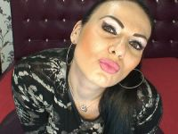 Nu live hete webcamsex met Hollandse amateur  loreene?