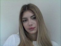 Nu live hete webcamsex met Hollandse amateur  lovemochine?