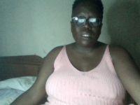 De heetste meiden online achter de webcam lustigkutje?