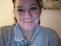 Nu live hete webcamsex met Hollandse amateur  mandy77?