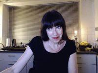De heetste meiden online achter de webcam marietje?