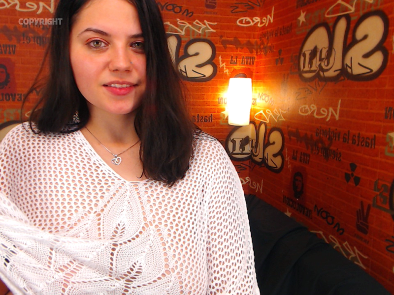 Nu live hete webcamsex met Hollandse amateur  maysa?