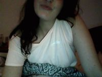 Nu live hete webcamsex met Hollandse amateur mirremella?