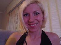 De heetste meiden online achter de webcam missclaudi?