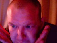 Nu live hete webcamsex met Hollandse amateur  mrgigilo?