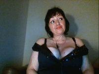 De heetste meiden online achter de webcam myra?
