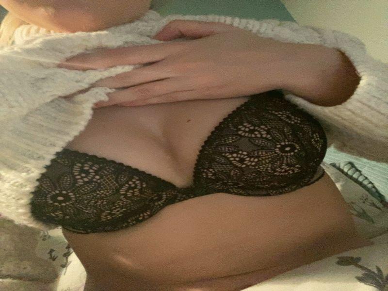 Eenzaam tiener meisje voor sexdating