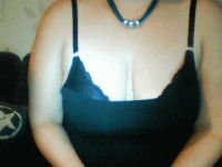 Nu live hete webcamsex met Hollandse amateur  nancy25?