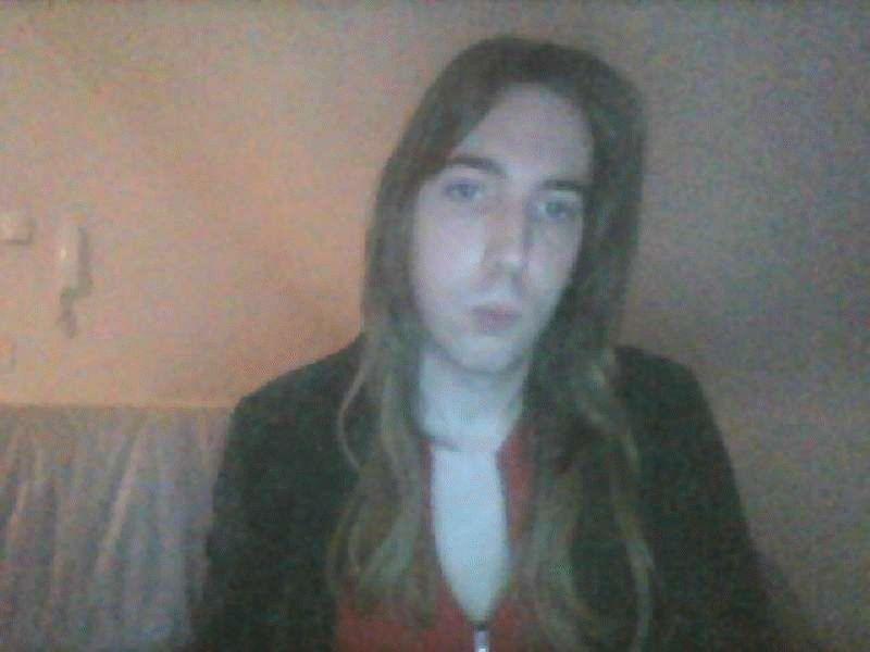 Nu live hete webcamsex met Hollandse amateur  nightangel?