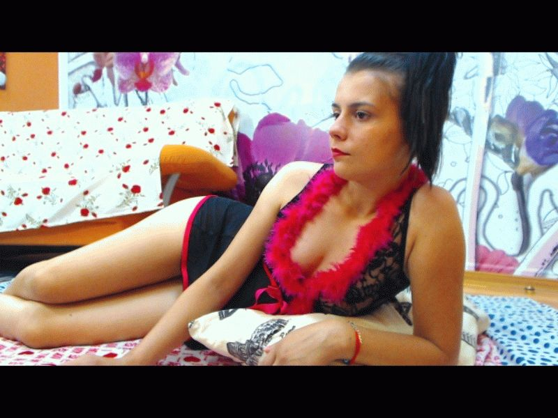 Nu live hete webcamsex met Hollandse amateur  onionass?
