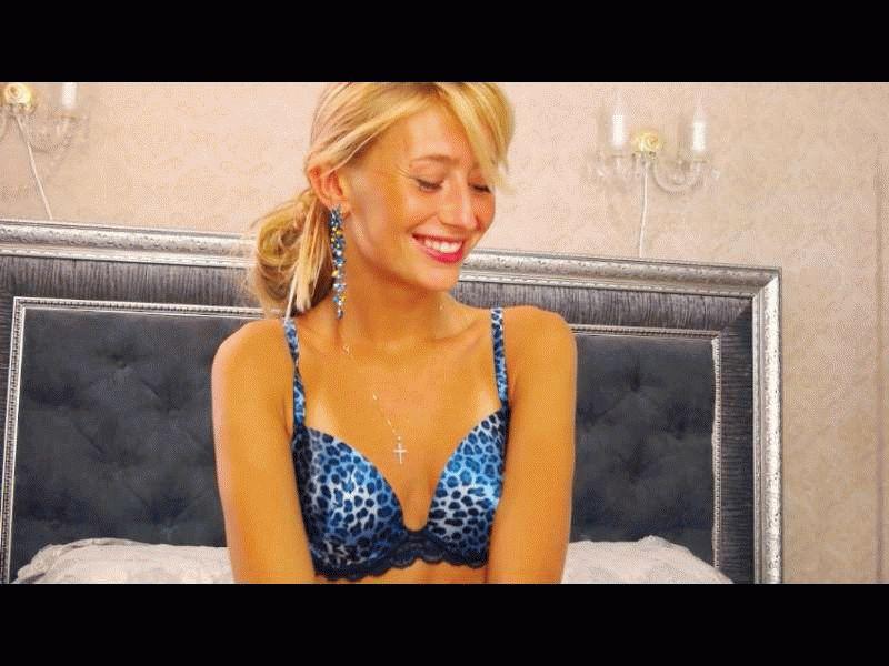 Nu live hete webcamsex met Hollandse amateur  pussycatxx?