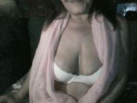 sensualjulia is beschikbaar voor Privechat